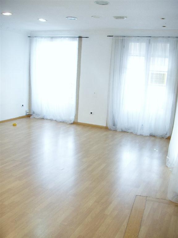 el sofa amarillo estudio y mudanza (6)