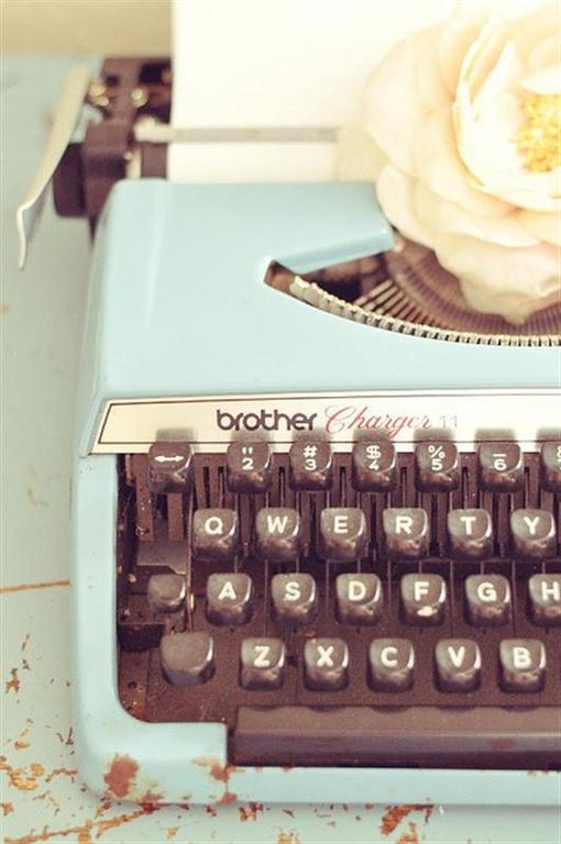 el sofa amarillo maquinas de escribir (2)