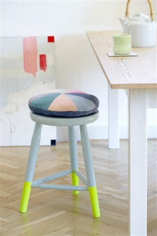 el sofa amarillo muebles a medio pintar dipped (1)