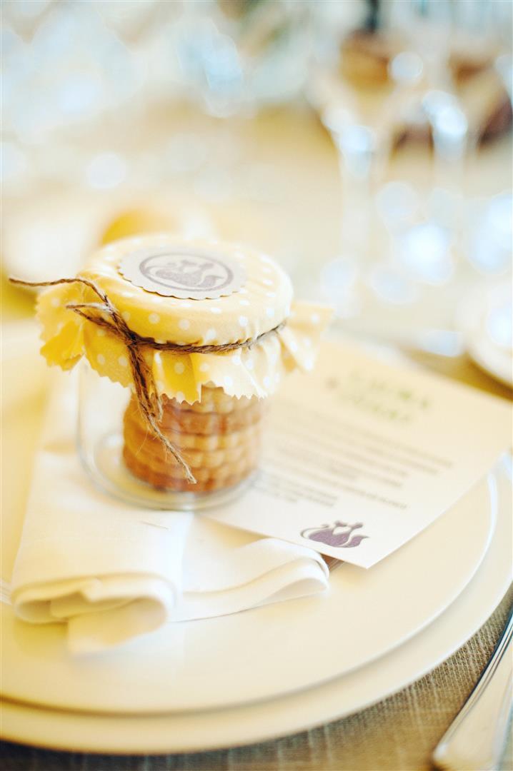 el sofa amarillo detalles para los invitados galletas caseras (4)