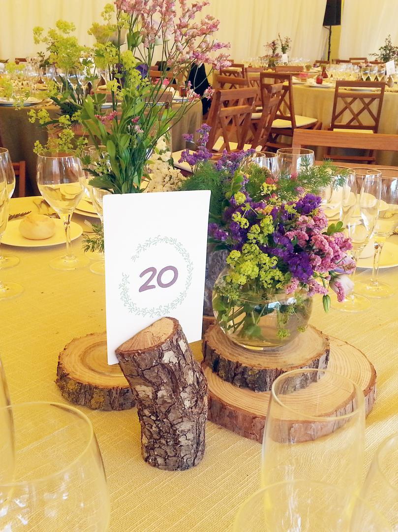 el sofa amarillo numeros de mesa boda rustica (2)