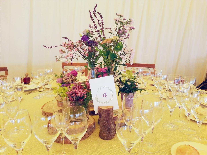 el sofa amarillo numeros de mesa boda rustica (3)