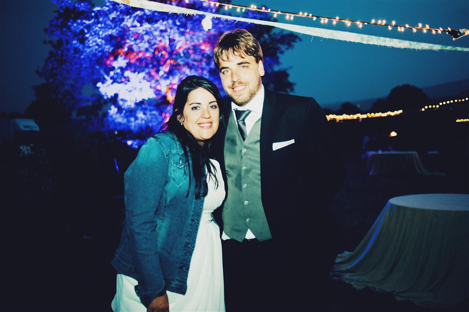 iluminacion con color para bodas (2)