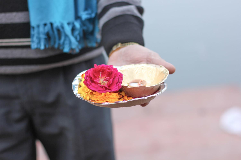 viaje-india-puja-ofrendas