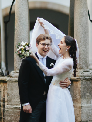 <br> <font size=5> Barbara y Thomas  </font><br><font size=6> La boda de la novia vintage </font>