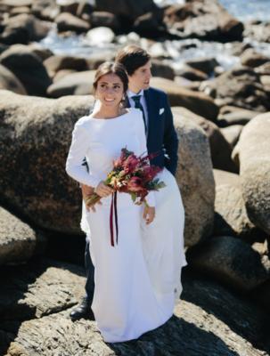<br> <font size=5> Nuria y Alfonso  </font><br><font size=6> La boda del gran arco de flores </font>